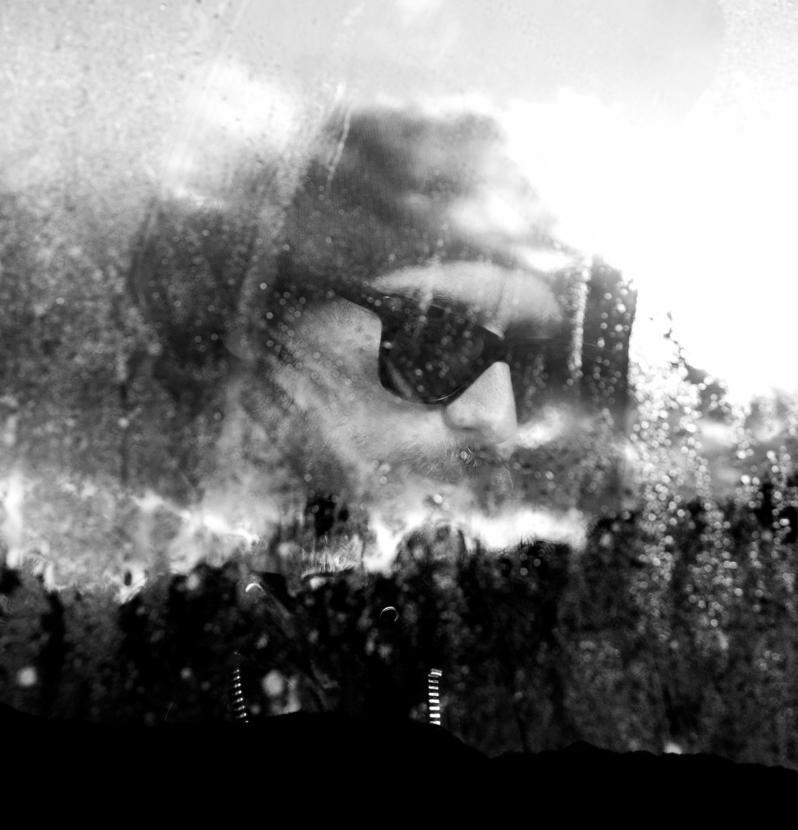 EPOKHE-SMALL TALK:ディオン・アギウスとチャット